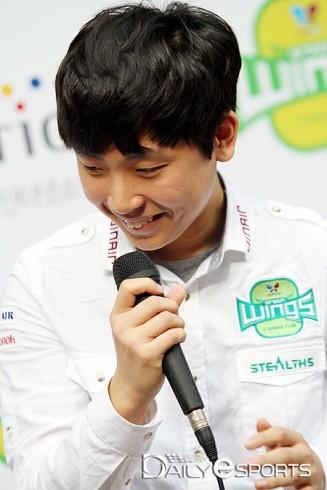 JinAir Green wings