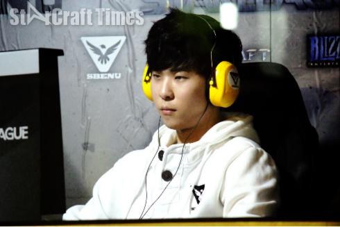 キムソンヒョン[Last]選手